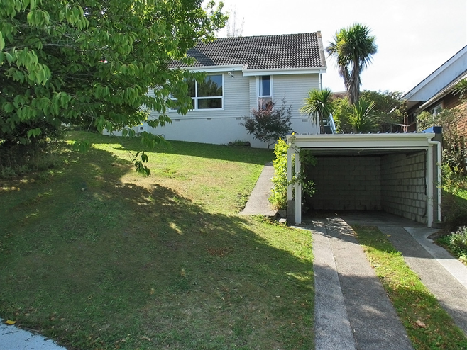 SOLD - 11 Penryn Drive, Camborne by Andy Cooling