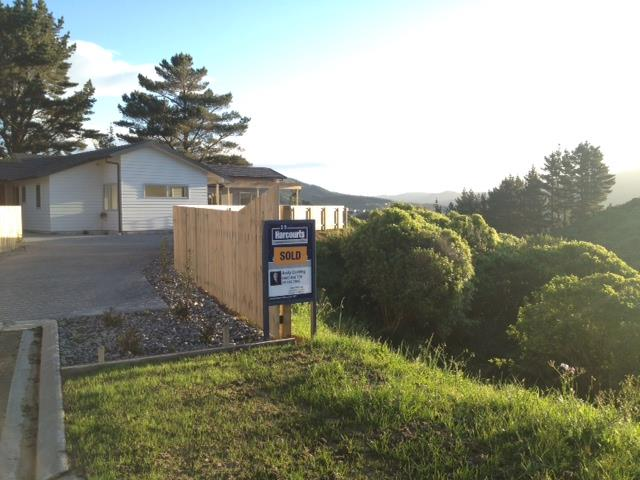 SOLD - 25 Tasman Close, Aotea