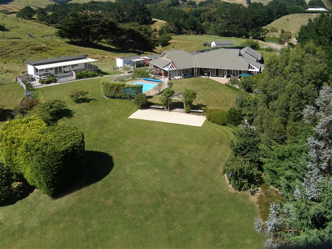 SOLD 105 Bradey Rd, Pauatahanui by Andy Cooling