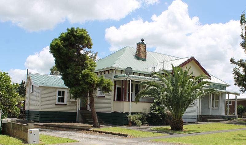 Iconic Te Aroha Villa