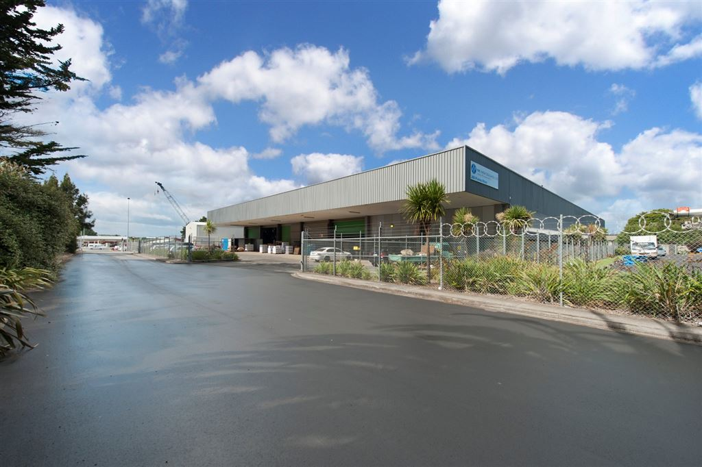 Manukau - Secure 4019sqm Offices/Warehouse, Close to Airport