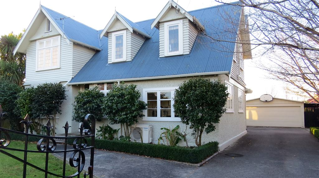 Enviable Renall Street Charmer -  Offers Invited