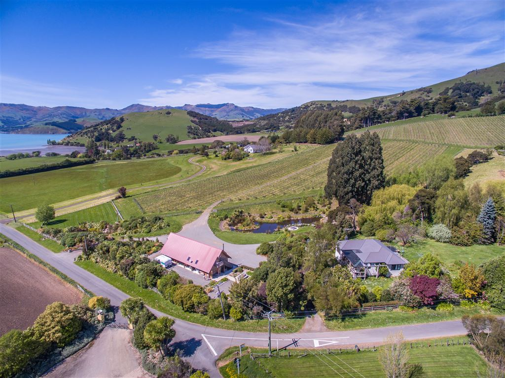 Superb Lifestyle Opportunity + Boutique Wine Business
