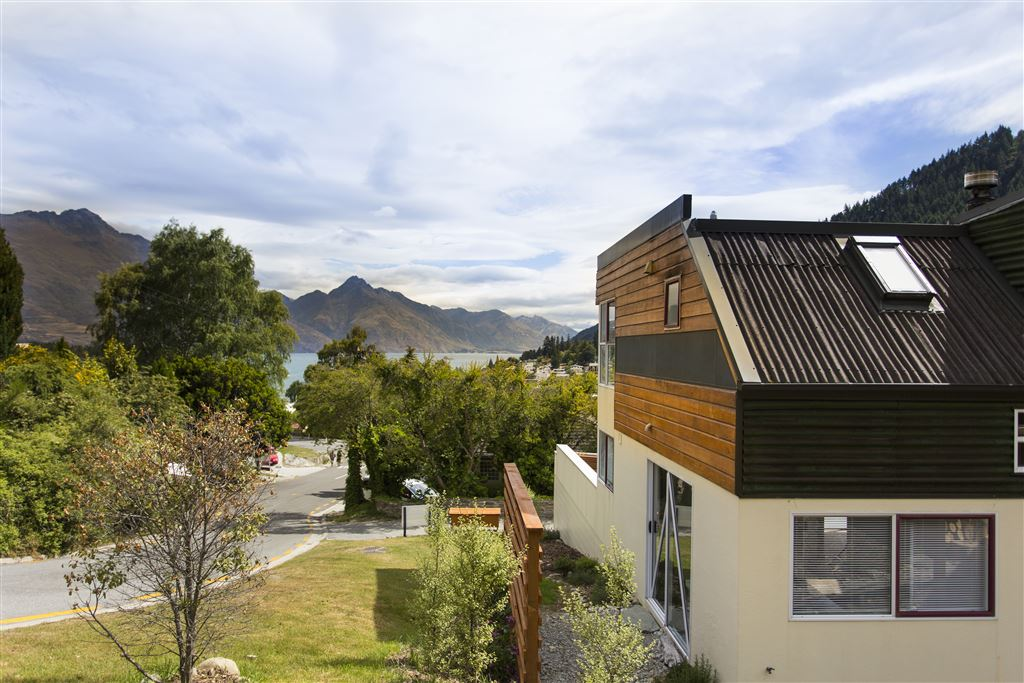 Affordable Queenstown Hill