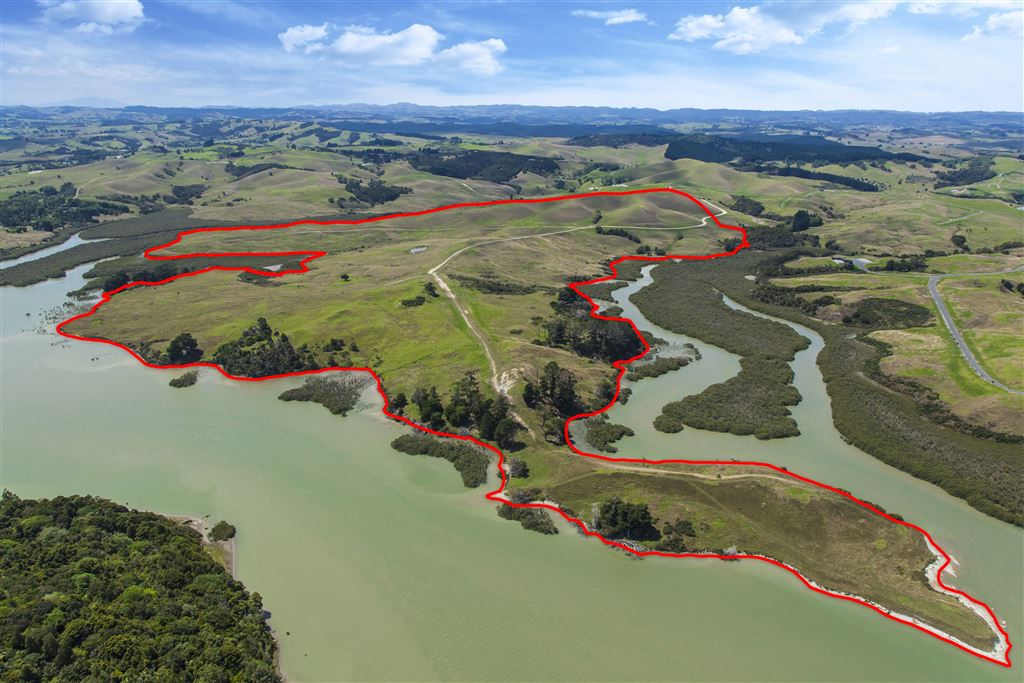 Edge of New Zealand - 99 Ha -  Consented 53 Lot Subdivision