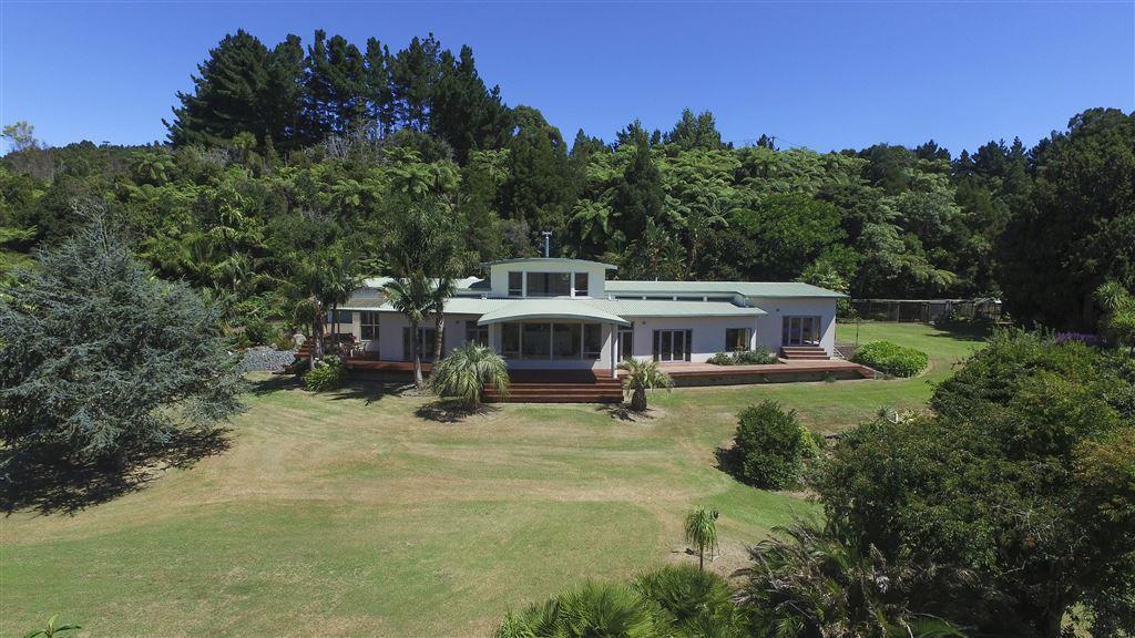 Scenic Palms Estate