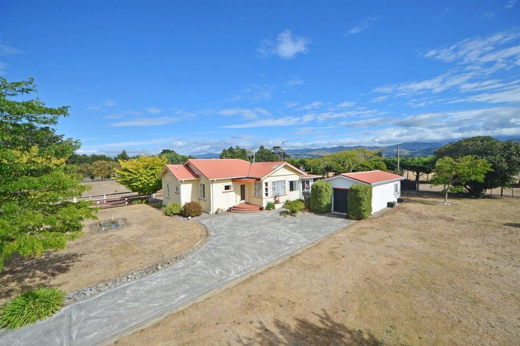 Affordable Lifestyle - Buyer Enquiry Over $325,000