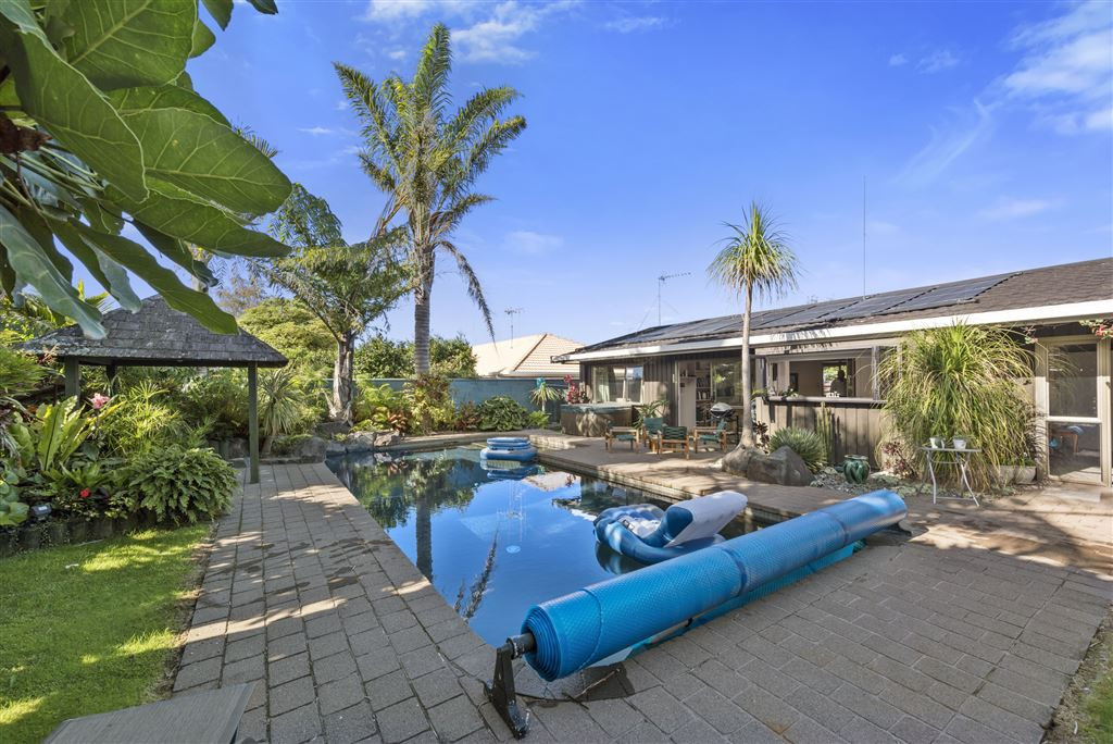 Your Oasis In Matua
