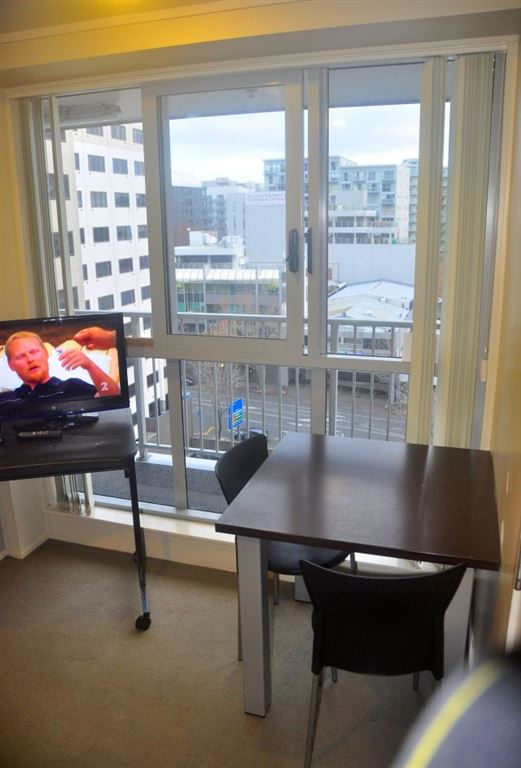 Affordable 1 bedroom in the heart of city