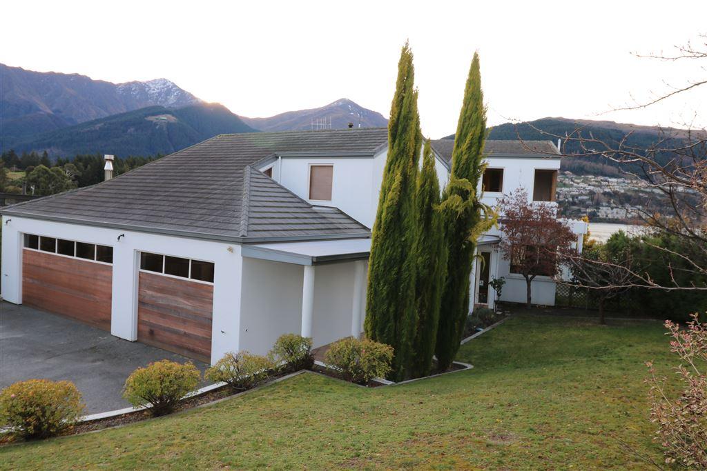 Spacious home in Kelvin Heights