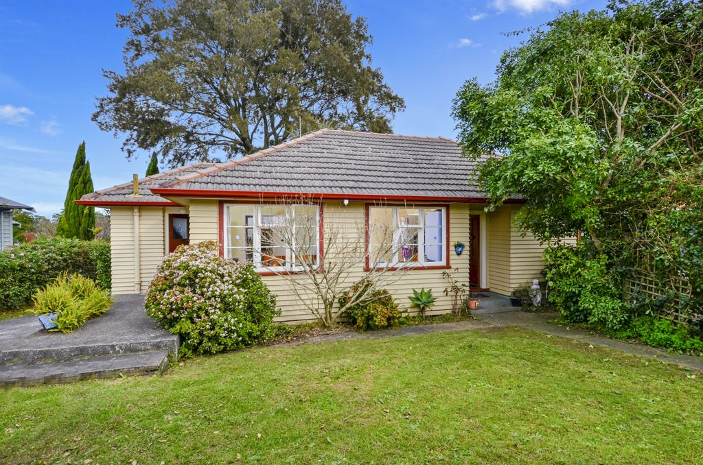 Auction Brought Forward 1st August, In Rooms - Takapuna
