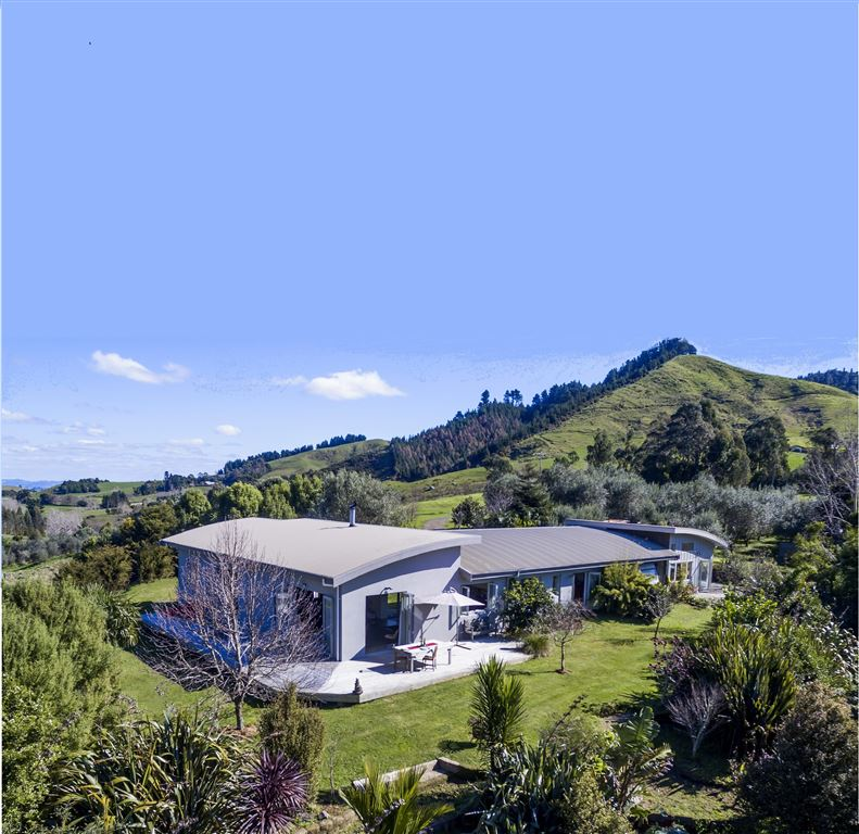 A great opportunity in the Beautiful Kauaeranga.