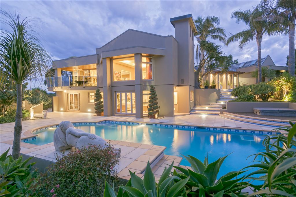 Champagne Lifestyle On The Waterfront