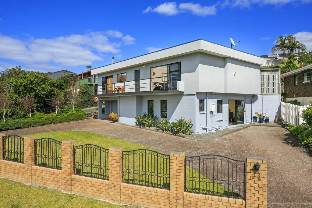 *** Auction onsite this Sunday, 30-October at 11am ***