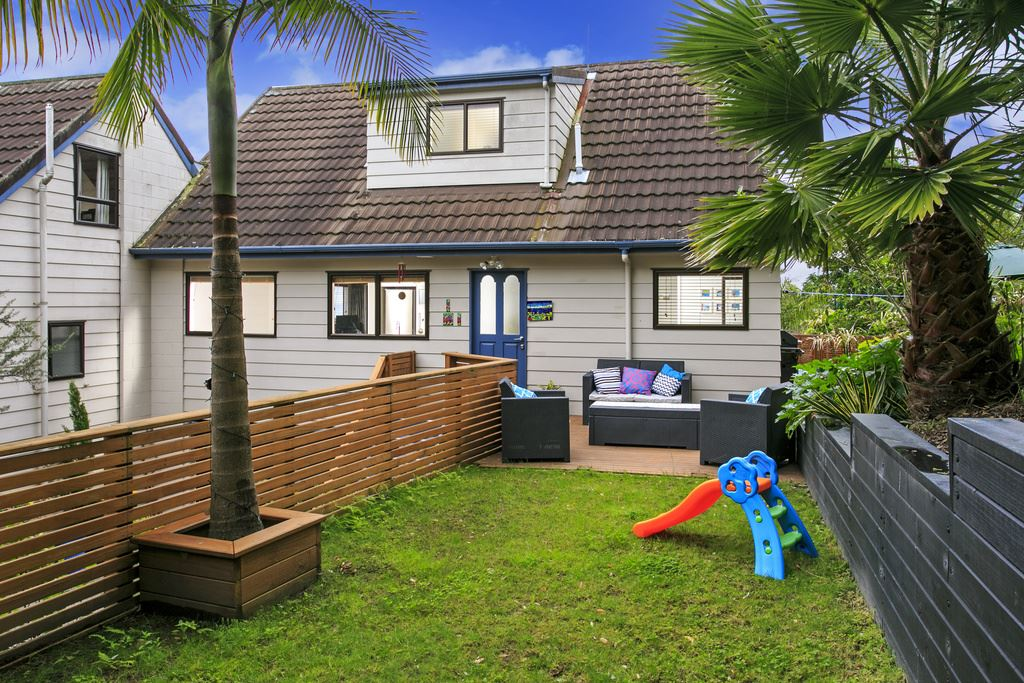 Affordable Starter - A Private Oasis in Rangi Zone!