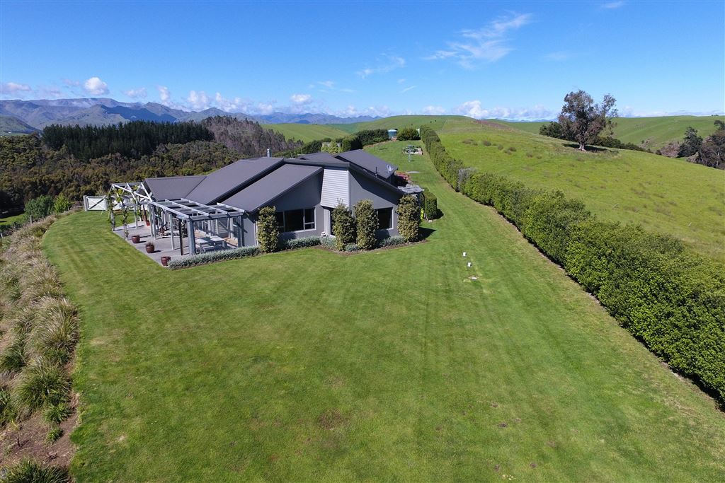 Outstanding Hawkesbury Property ... First Time To The Market