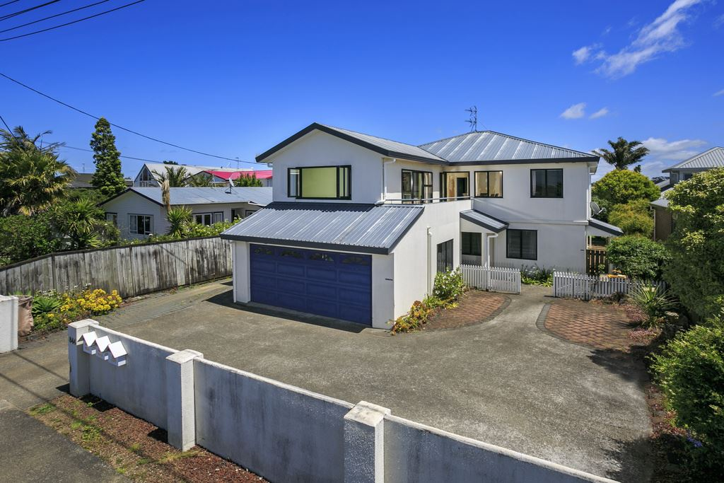 Opportunity Knocks - Home & Income. Last Chance To View!
