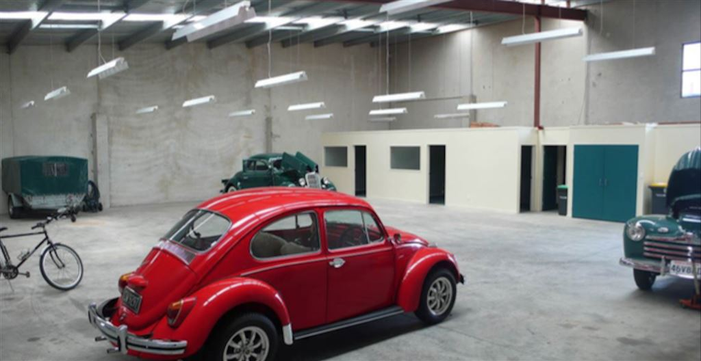 Well Located Sockburn Warehouse - For Lease