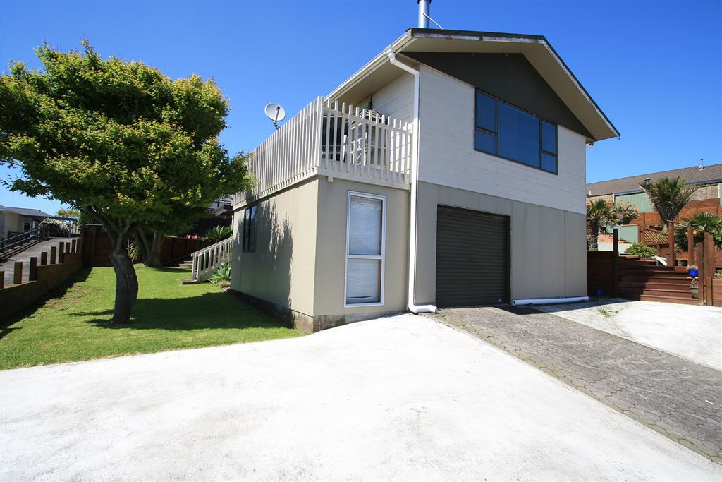 Awesome Family Home In Great Location