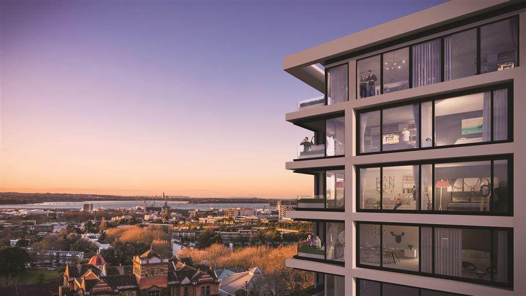 Luxury Lock & Leave Apartment with 180 deg views!