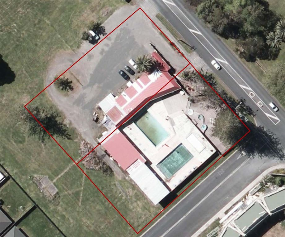 Geothermal Pool Complex For Sale - Auckland