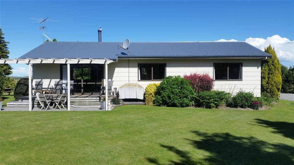 Delightful Country Living - Mayfield