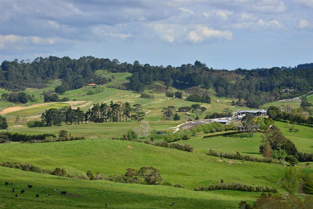 ... and when you want to play golf you wander over the road to the Wainui Golf Course - in this picture