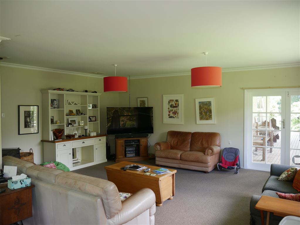 Main dwelling lounge