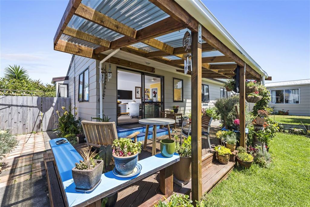 Picture Perfect Garden Home