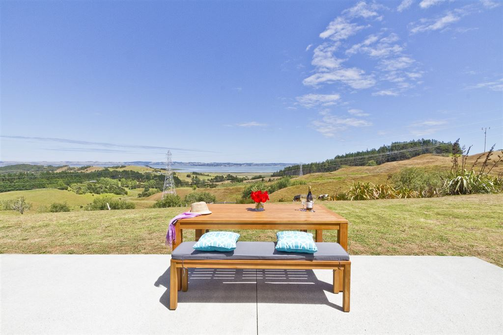 Sea Views, Peace & Privacy on 2 Acres