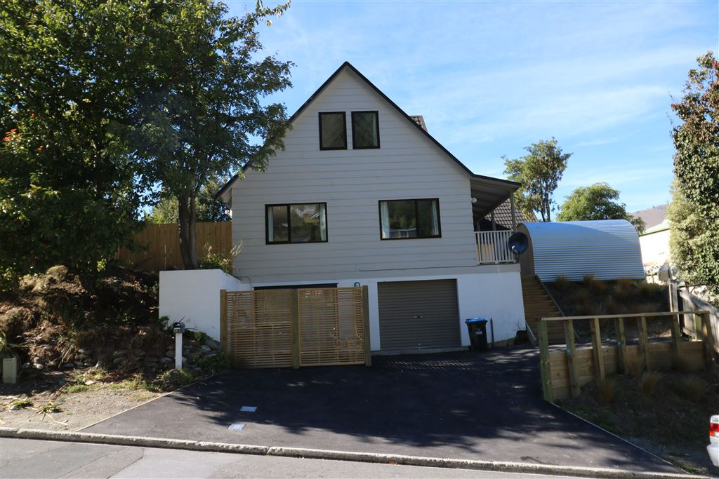 Large House in Fernhill Available