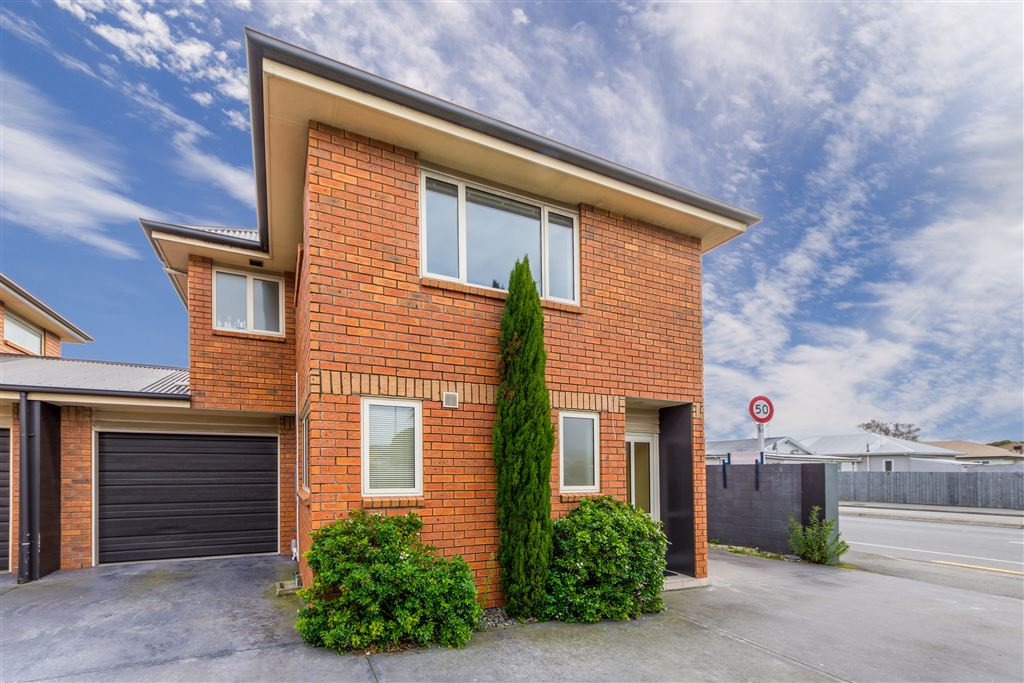 Easy Care Townhouse in Sought-After Location