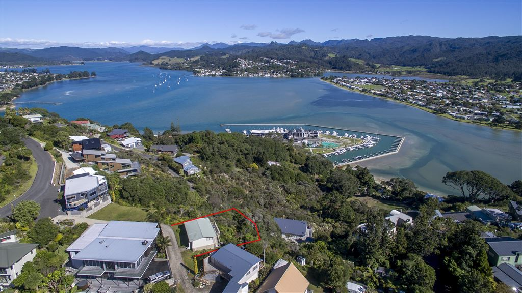 View of the Tairua harbour.  Indicated boundaries are an approximate guide.