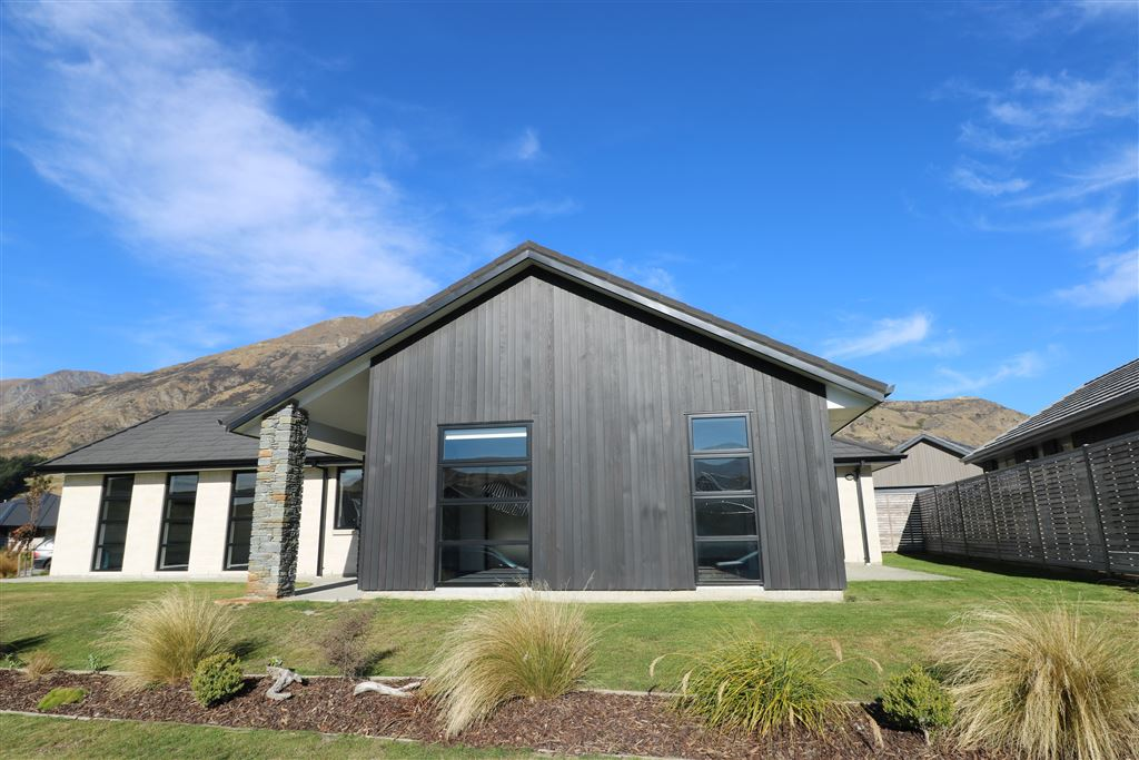 Shotover Country Family Living!