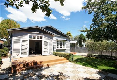 Immaculate Character Home- Fully Furnished
