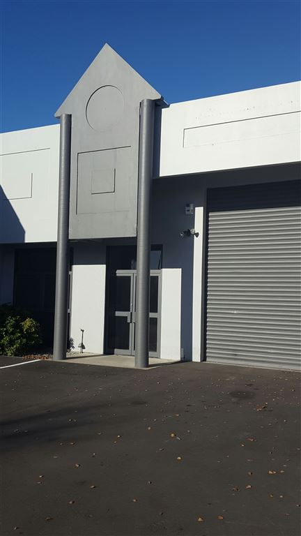 Affordable Warehouse Near Airport