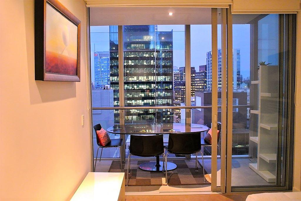 84m² 1 Bedroom: Freehold Luxury Apartment