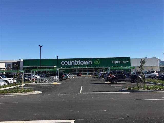 Countdown located at the Pohutukawa Coast Shopping Centre just a short walk away.