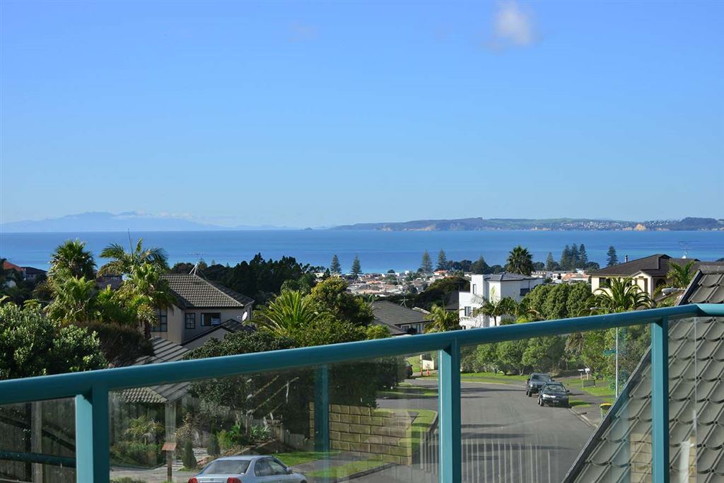 Options & Opportunity in Orewa!
