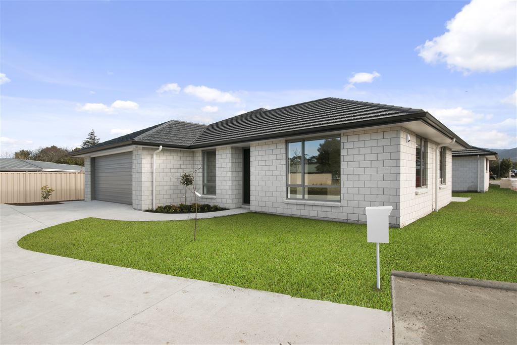 Classy Brand-New Home