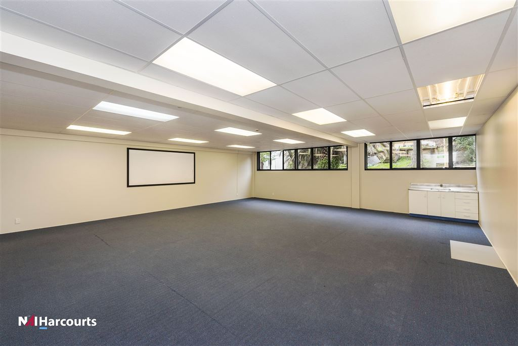 50 Anzac Road, Brown Bay - office/classroom