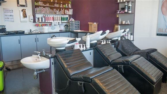 Che Hairdressers and Day Spa