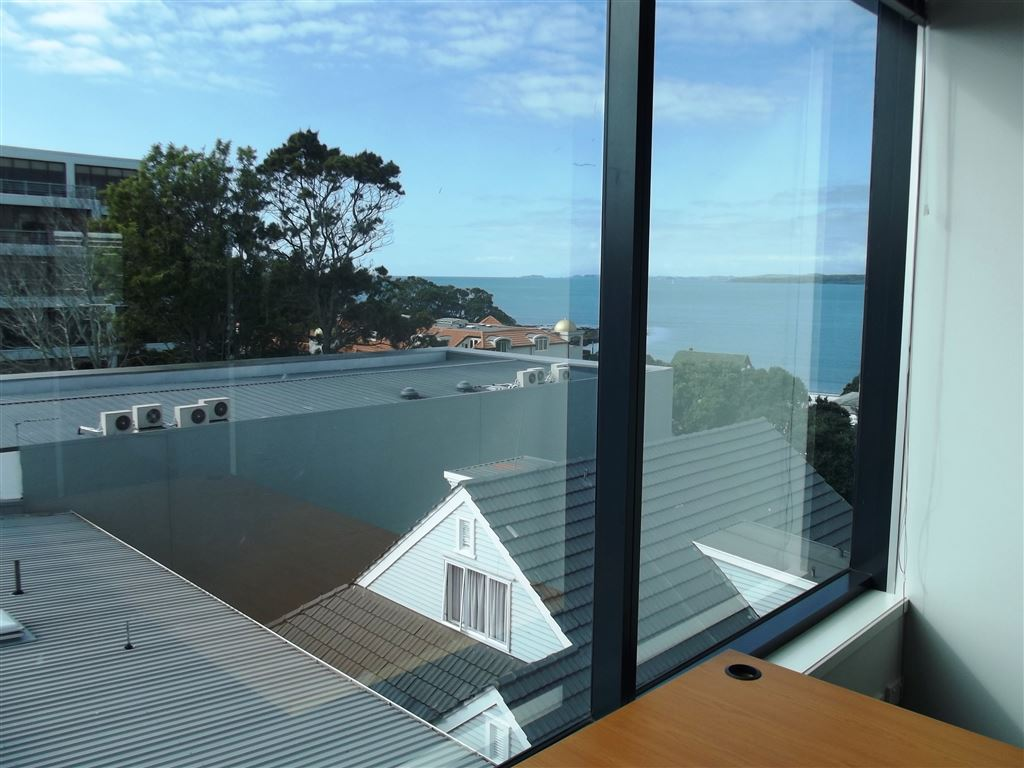 Takapuna Office Suite For Lease