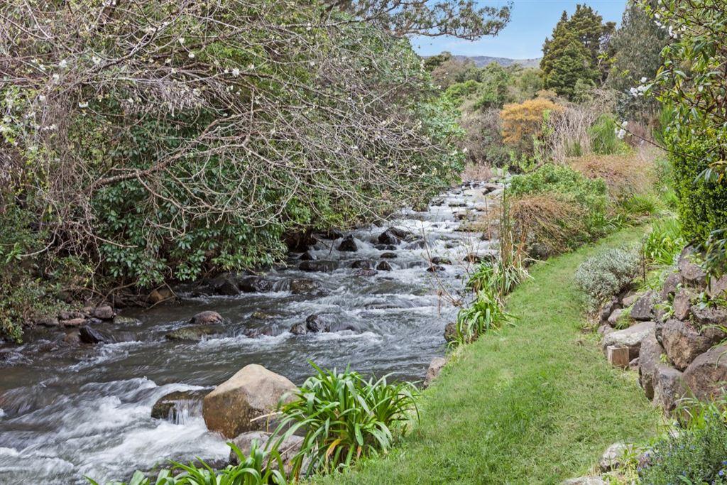 Okuti stream boundary