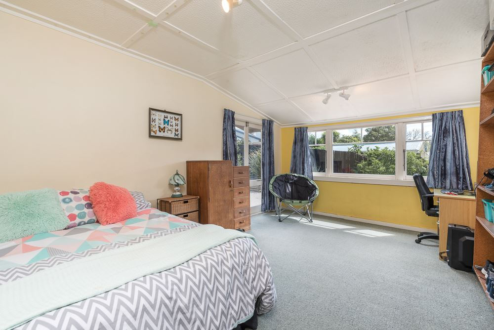 Large bedroom four opens to courtyard