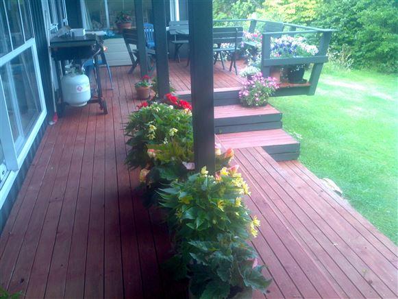 Sea side deck