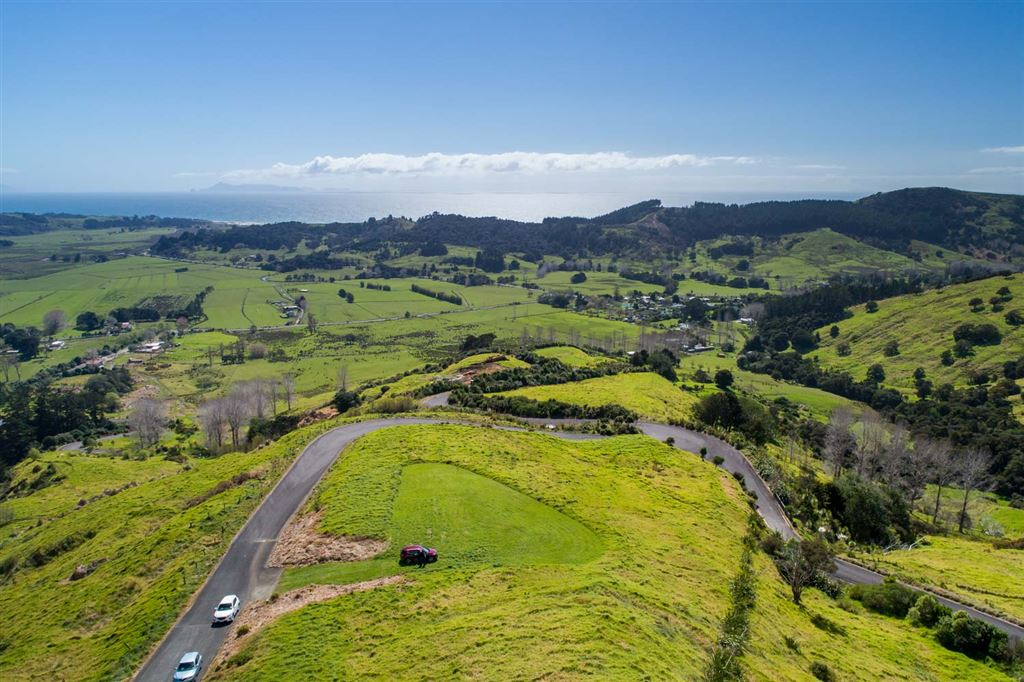 Lot 21: King Pin views,  perfect site for your premium home