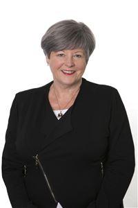 Lesley McNeil