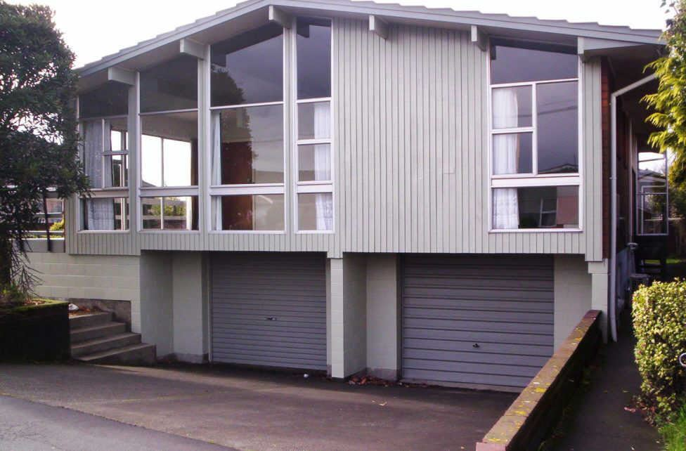Refurbished Unit in Great Location