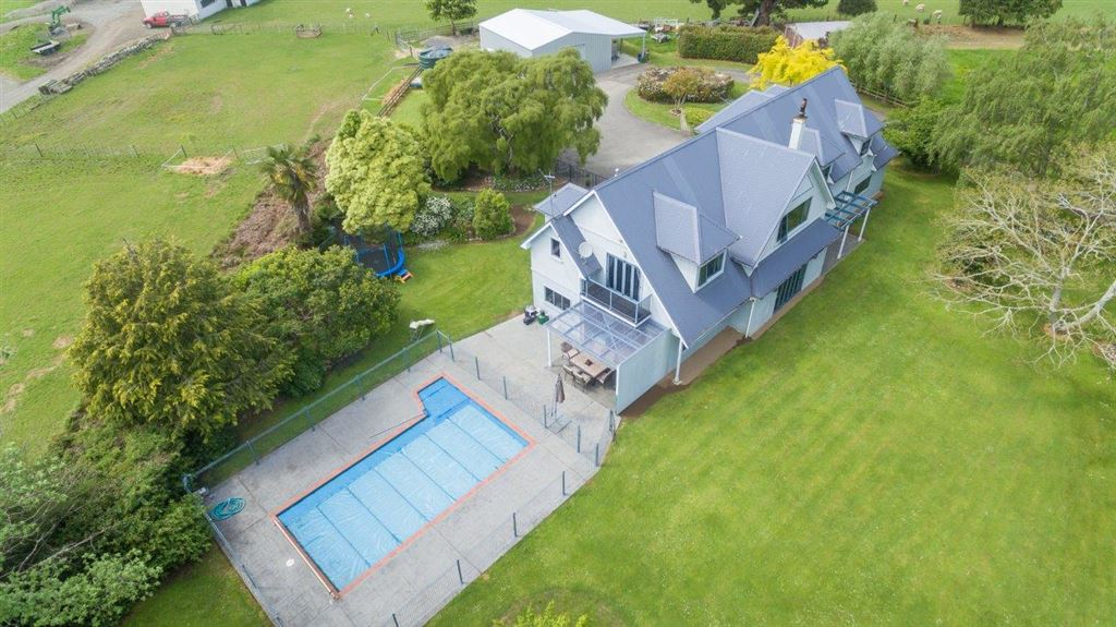 Exceptionally Large Rural Family Home!